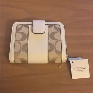 NWT beige and white Coach wallet
